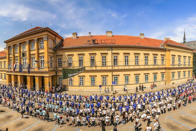Osijek maturanti u Županijskog ulici